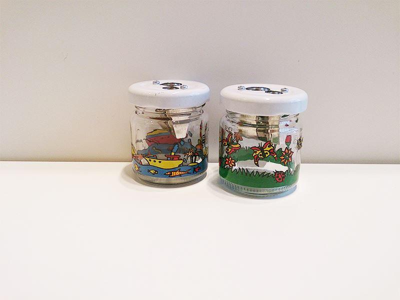 メビウス+ルパート社のガラスビンの2穴シャープナー